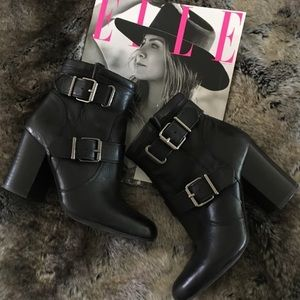 Vince Camuto Simlee Ankle Boot Wore1X Sz 7 $160